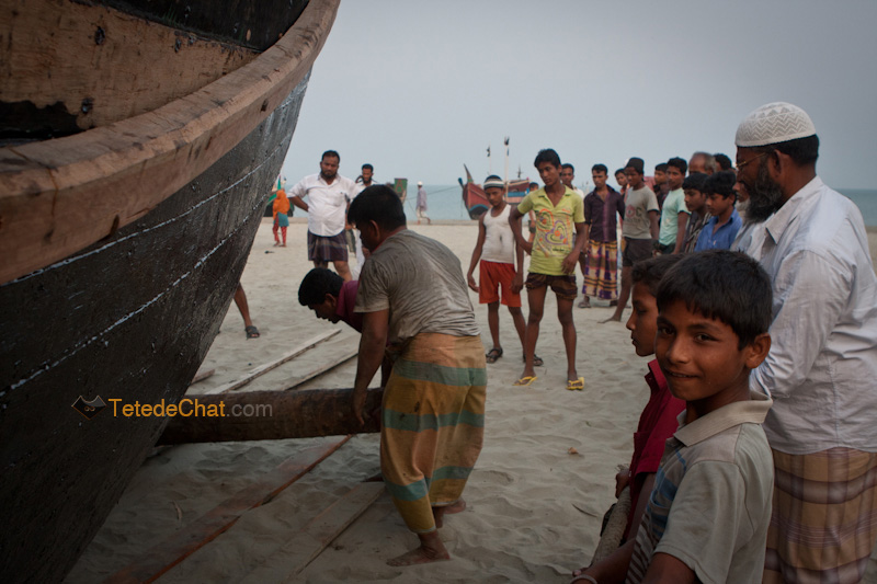 bangladais_tirer_bateau_st_martin