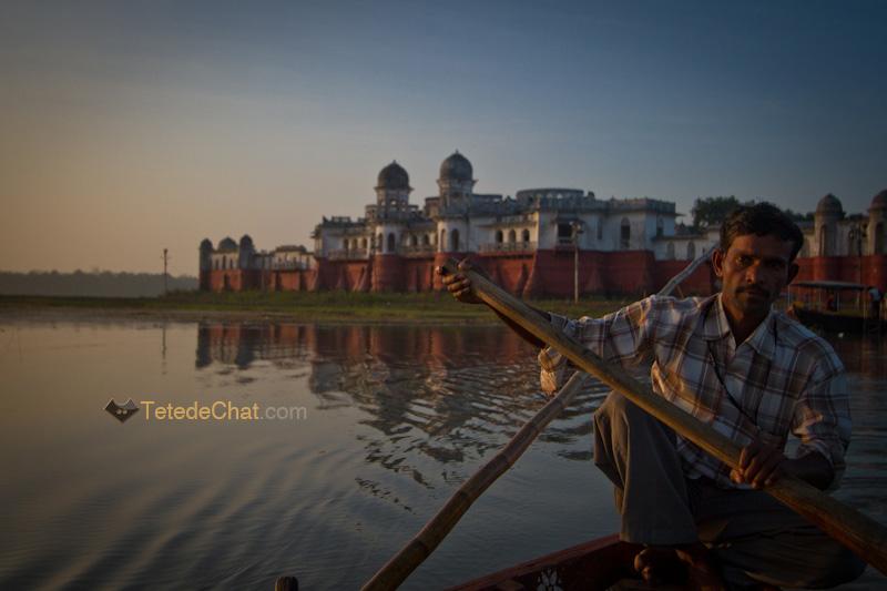 Neermahal_barque_indien