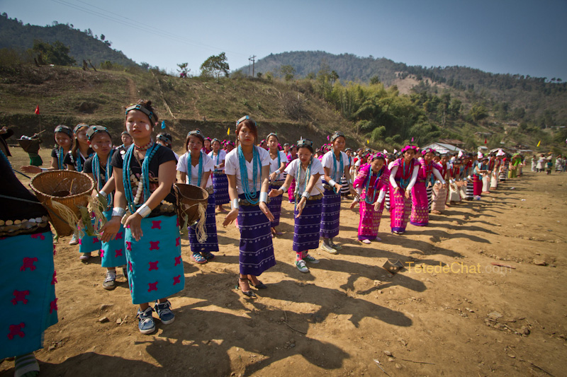 arunachal_pradesh_dance_traditionnelle_pokhu_village_5