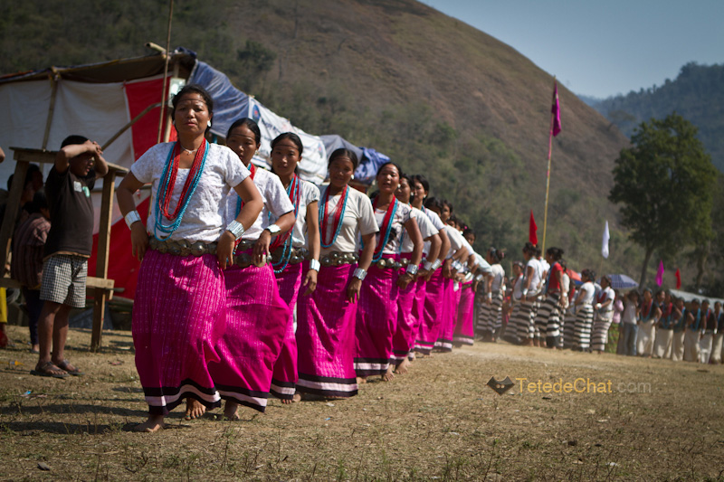 arunachal_pradesh_dance_traditionnelle_pokhu_village_8