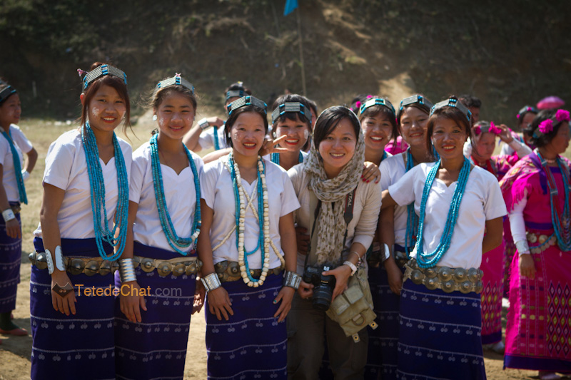 arunachal_pradesh_dance_traditionnelle_pokhu_village_filles_hihi