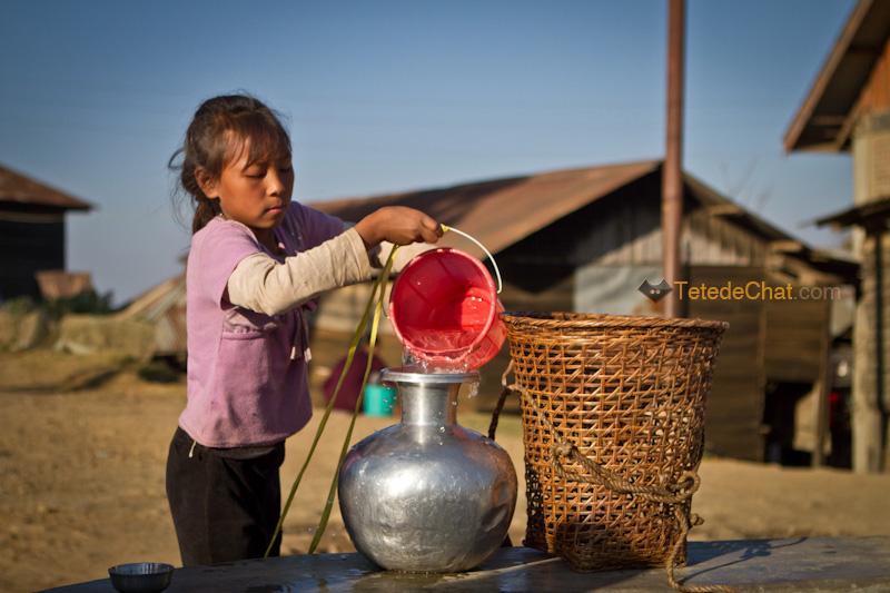 enfants_puit_ukhrul_eau_4