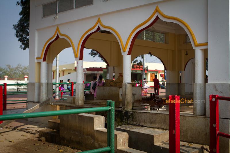 entree_tripura_sundari_temple_