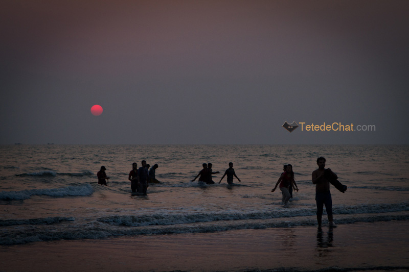 plage_cox_bazar_bangladais_baigner