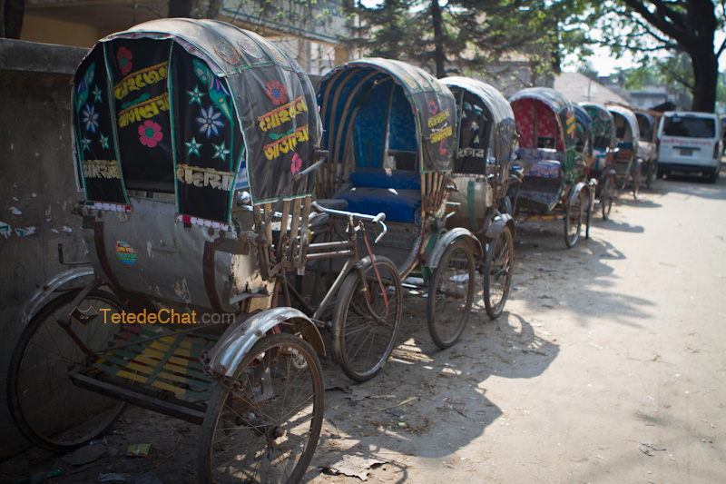 queue_rickshaws_chittagong