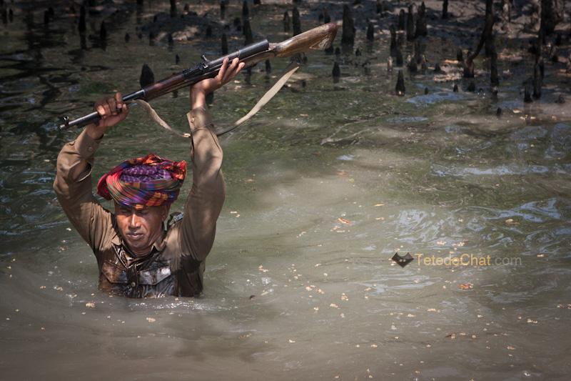 traversee_riviere_bangladesh_sundarbans_guarde