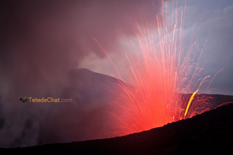 eruption_volcan_yasur_tanna_3