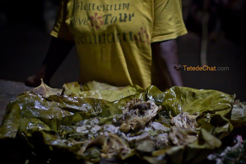 poulet_facon_traditionnelle_vanuatu_feuilles_bananier_4