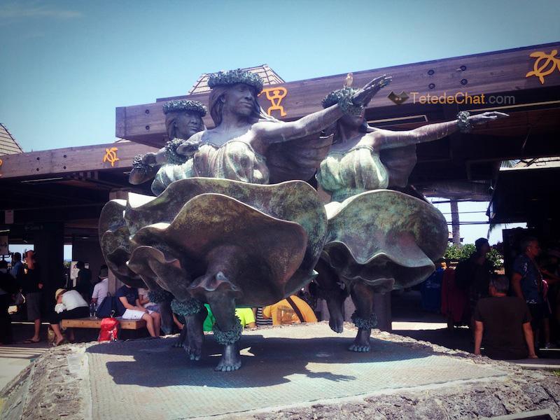 aeroport_statue_grande_ile_hawai