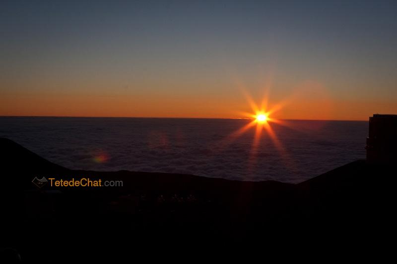 couche_soleil_observatoire_Mauna_Kea