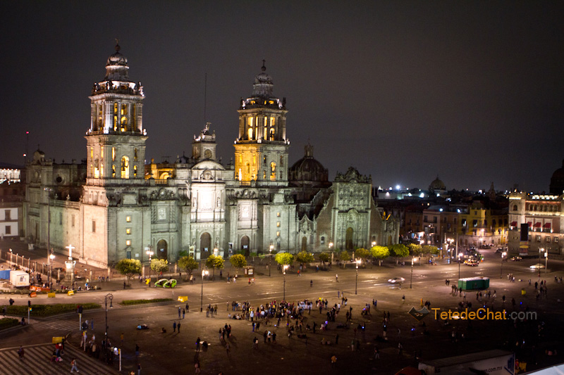Cathedrale_Metropolitaine_Mexico_nuit_zocalo