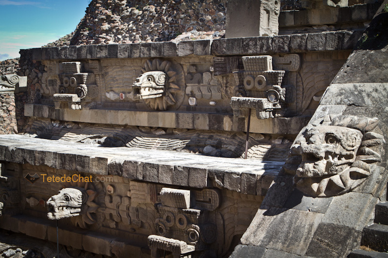 Teotihuacan_tete_serpent