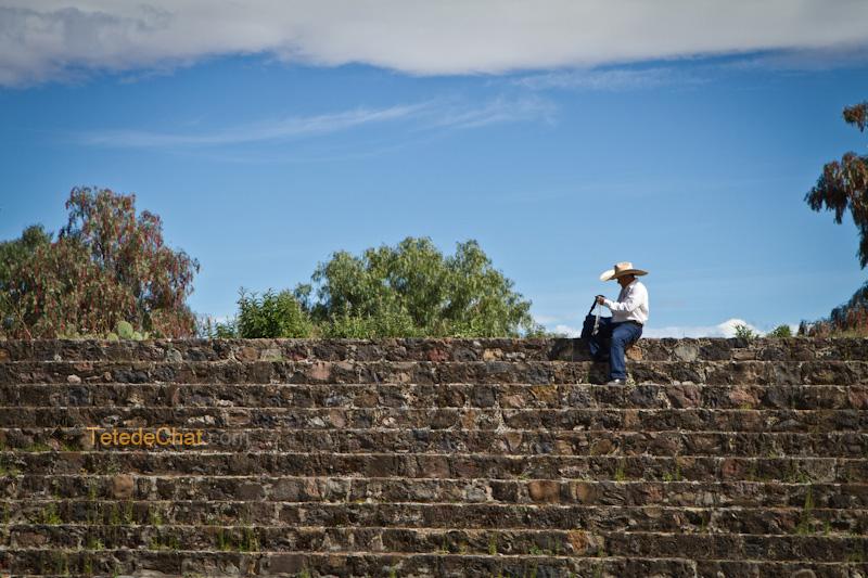 Teotihuacan_vendeur_cow_boy