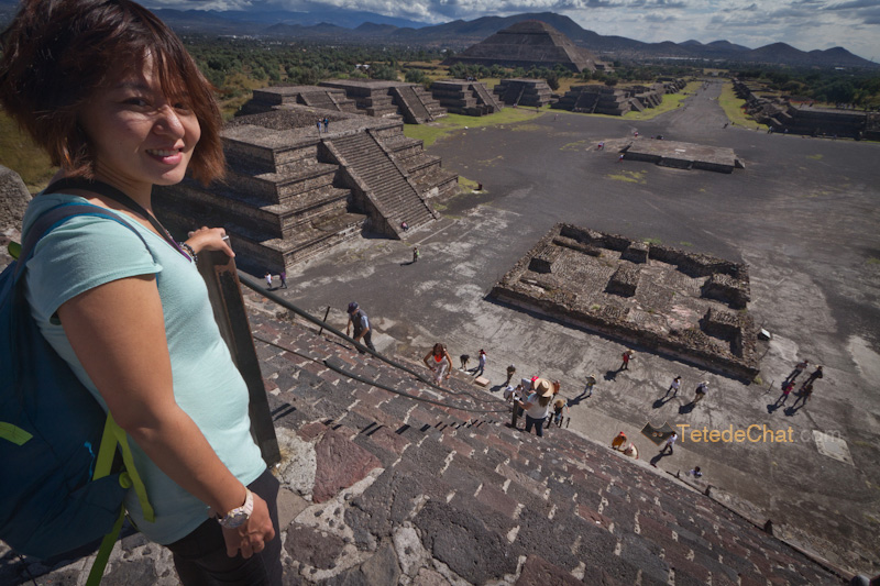 hihi_marches_Teotihuacan