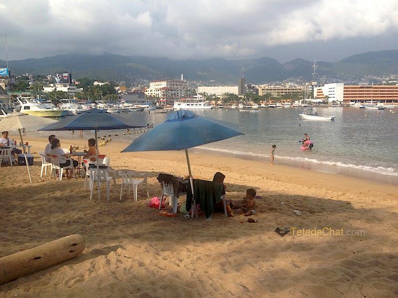 plage_parasol_acapulco