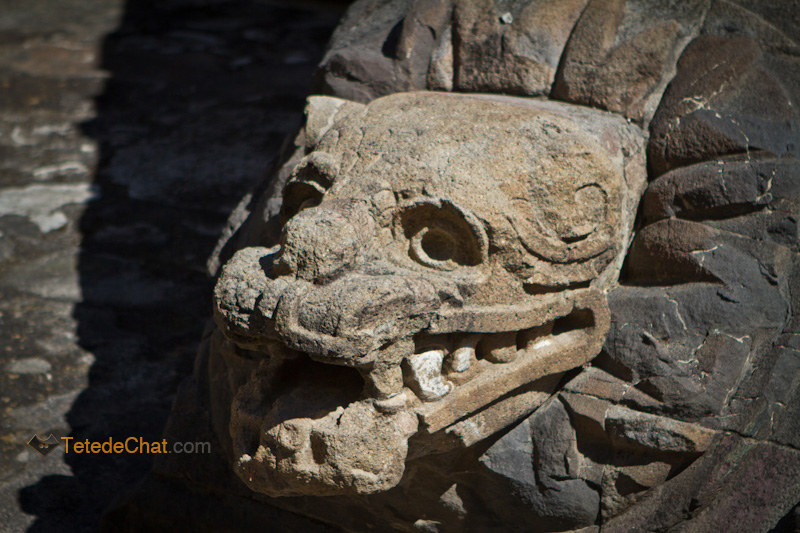 statue_tete_serpent_Teotihuacan