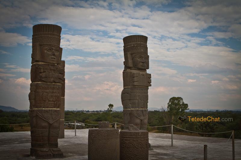 tula_statues_mexique_2
