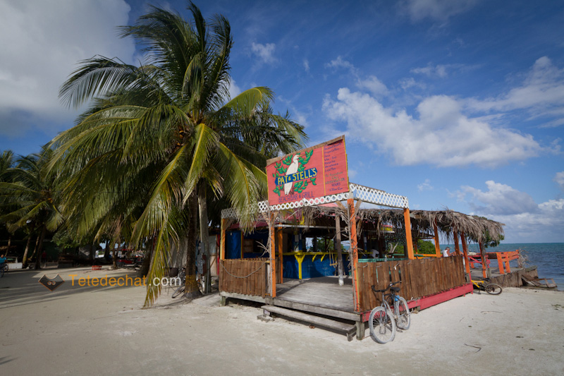 caye_caulker_plage_restaurant
