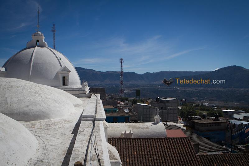 San_Francisco_El_Alto_marche_eglise_toit