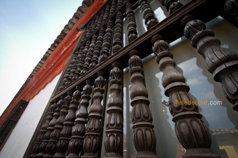 antigua_bois_facade