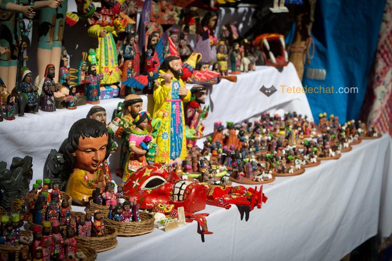 marche_Chichicanstinango_petites_statues