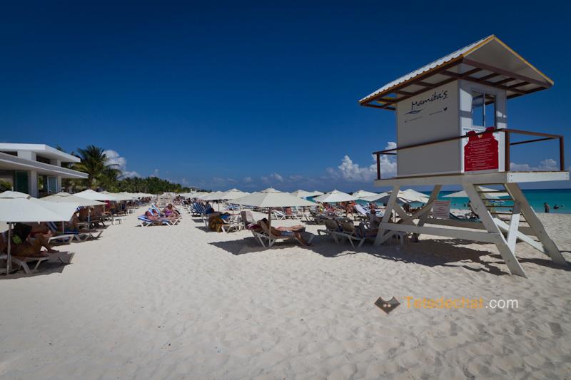 plage_playa_del_carmen_sauveteur