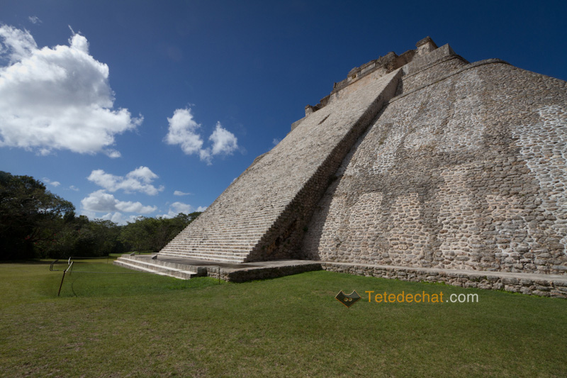 uxmal_pyramide