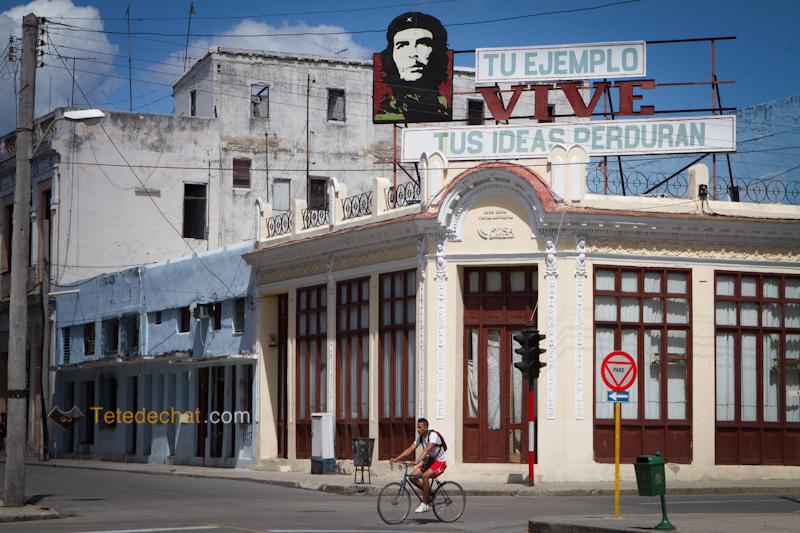 cienfuegos_vive_che