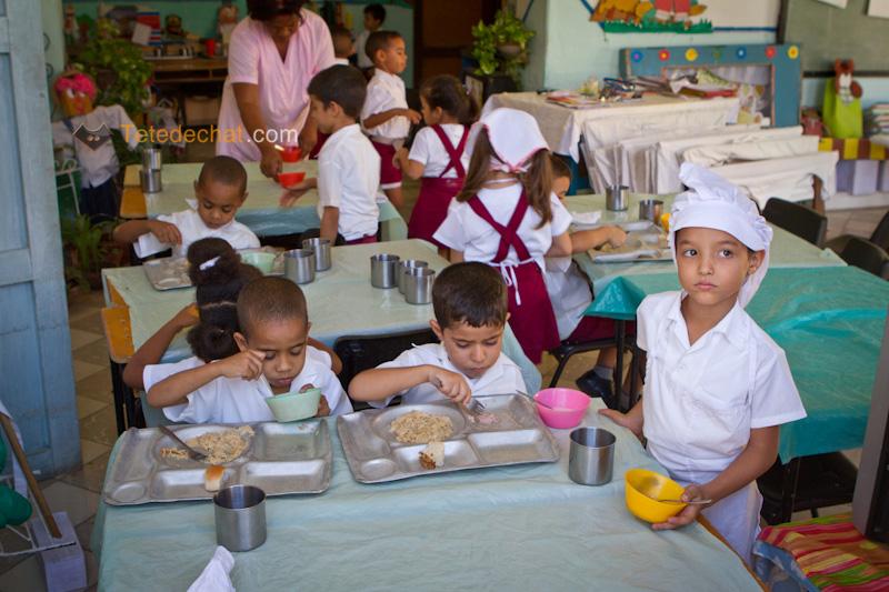 trinidad_dejeuner_enfants
