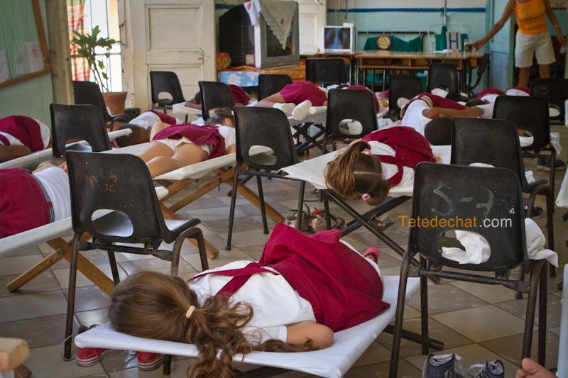 trinidad_enfants_sieste