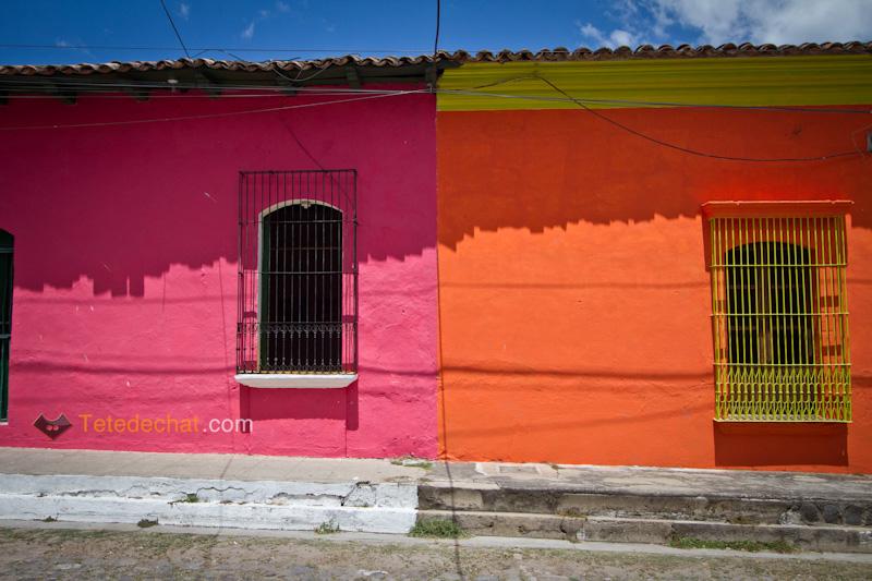 rue_couleurs_maisons