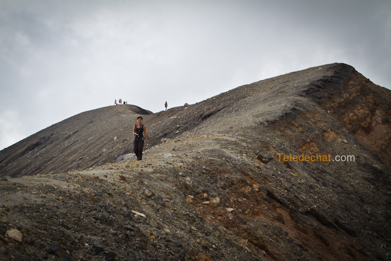 volcan_santa_ana_hihi_bord_cratere