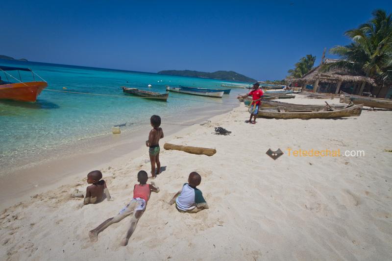 iles_Cayos_Cochinos_enfants_plage