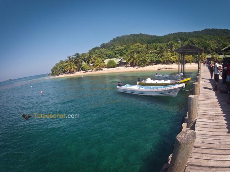 iles_Cayos_Cochinos_ponton_eau