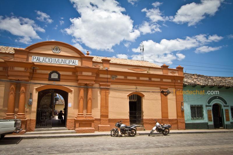 palacio_municipal_gracias_honduras
