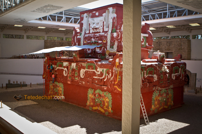 pyramide_rouge_musee_copan