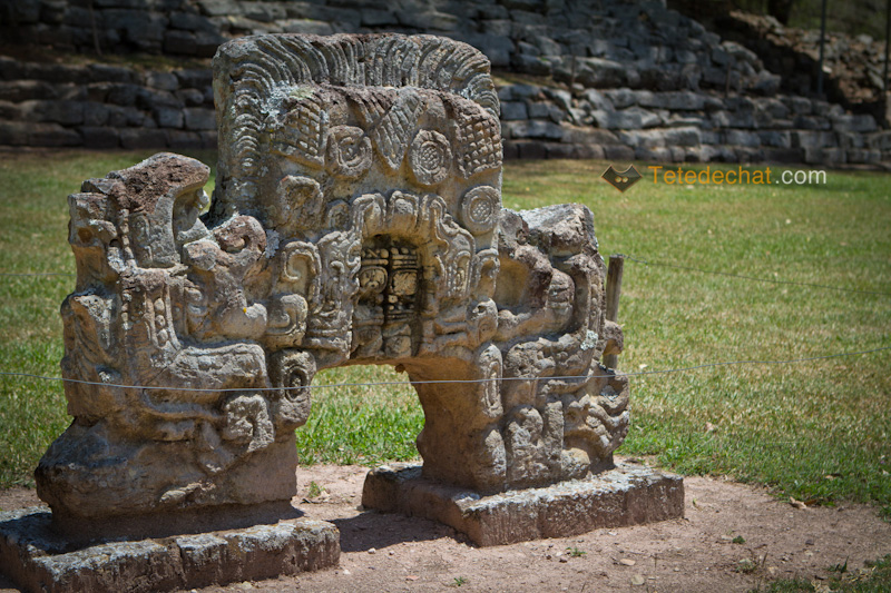 statue_ruines_copan_9