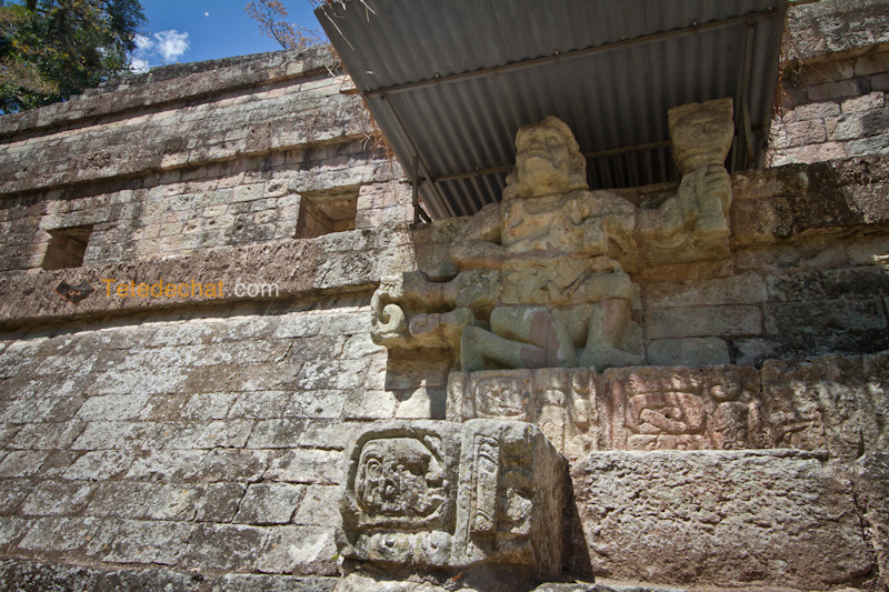 statue_ruines_copan_honduras