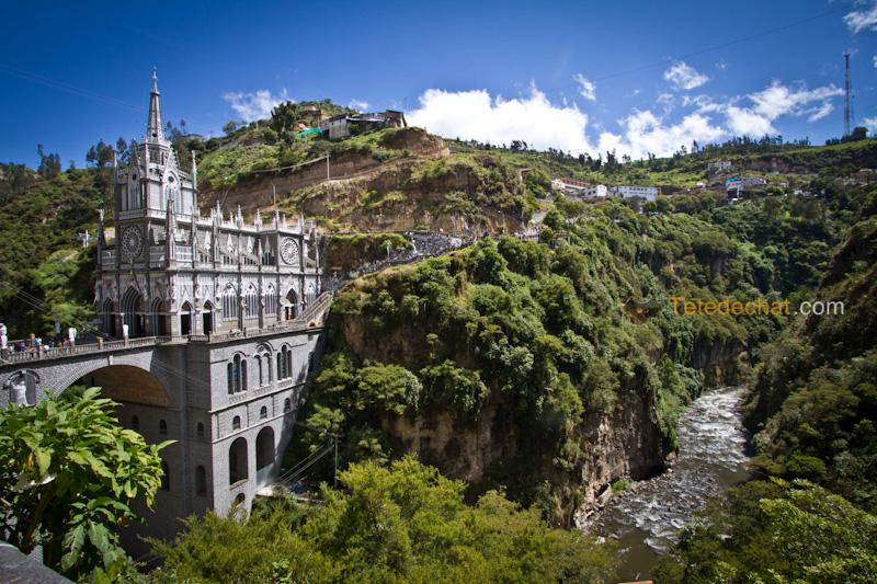 Sanctuaire_de_Las_Lajas_10