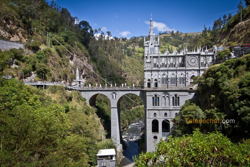 Sanctuaire_de_Las_Lajas_11
