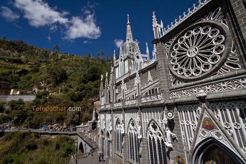 Sanctuaire_de_Las_Lajas_7