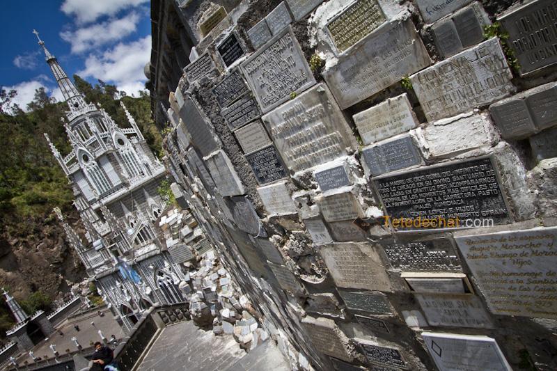 Sanctuaire_de_Las_Lajas_plaques