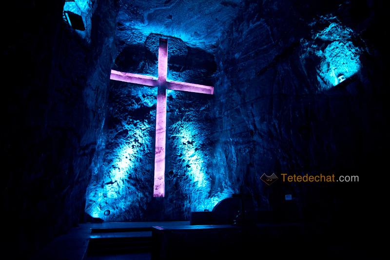 croix_Cathedrale_de_sel_Zipaquira_3