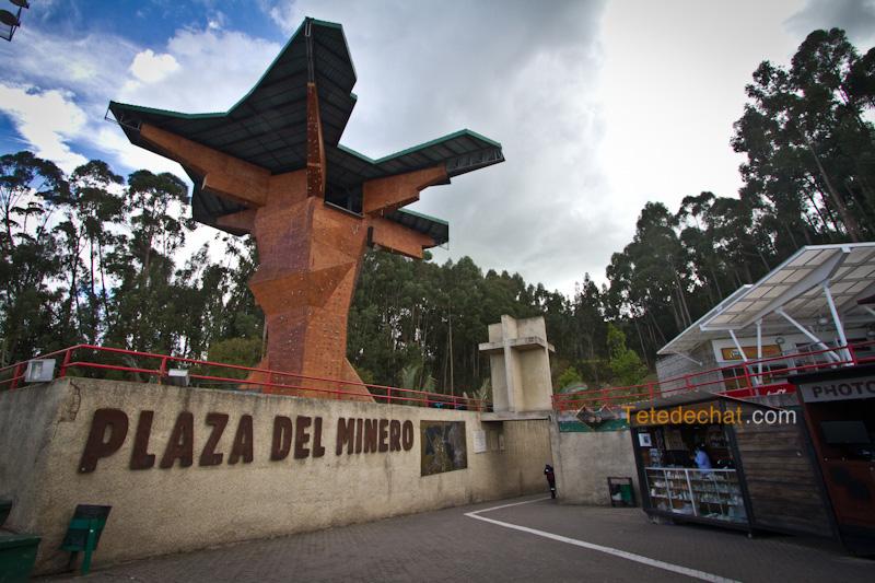 plaza_de_minero_entree_Cathedrale_de_sel_Zipaquira