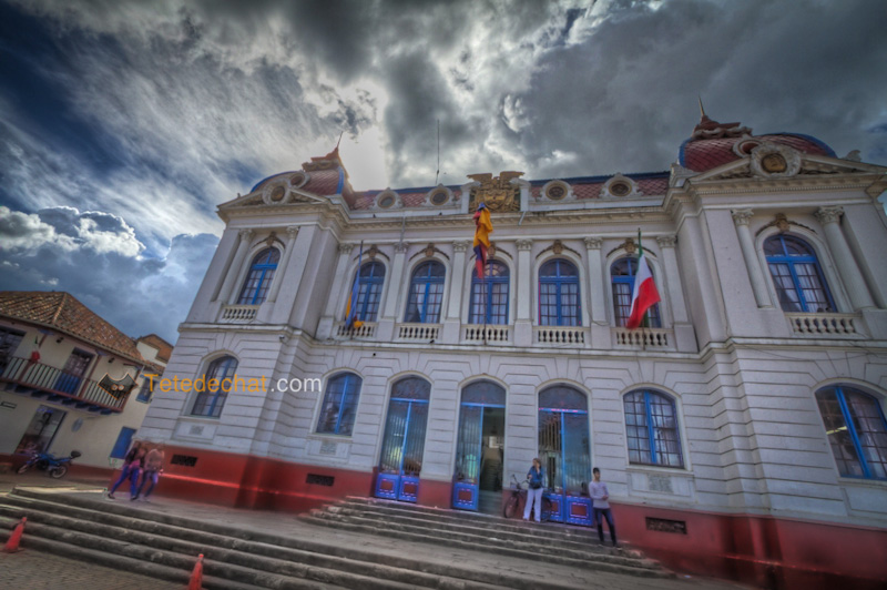 zipaquira_building_HDR