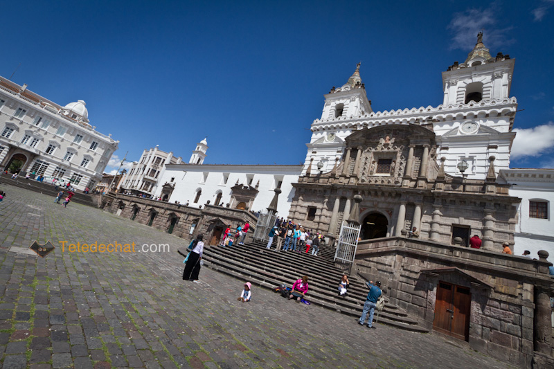 place_eglise_san_francisco_quito